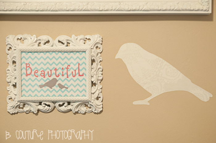 1109 STUDIO 013 BEAUTIFUL BIRD CHEVRON WALL ART {FREE PRINTABLE}