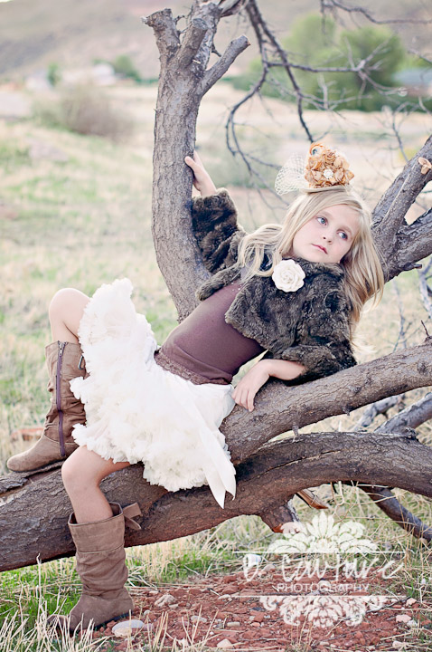 1110 BRYNLEE FALL MODELING 001 B COUTURE FAB VENDORS {LITTLE BITS CHIC}