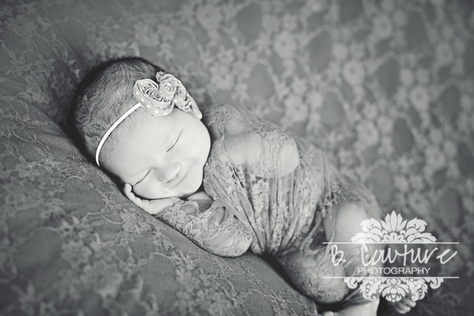 1207TENLEY JUDD NEWBORN009 BW HAZE 2 BABY TENLEY {7 DAYS NEW} | ST GEORGE UTAH NEWBORN PHOTOGRAPHER